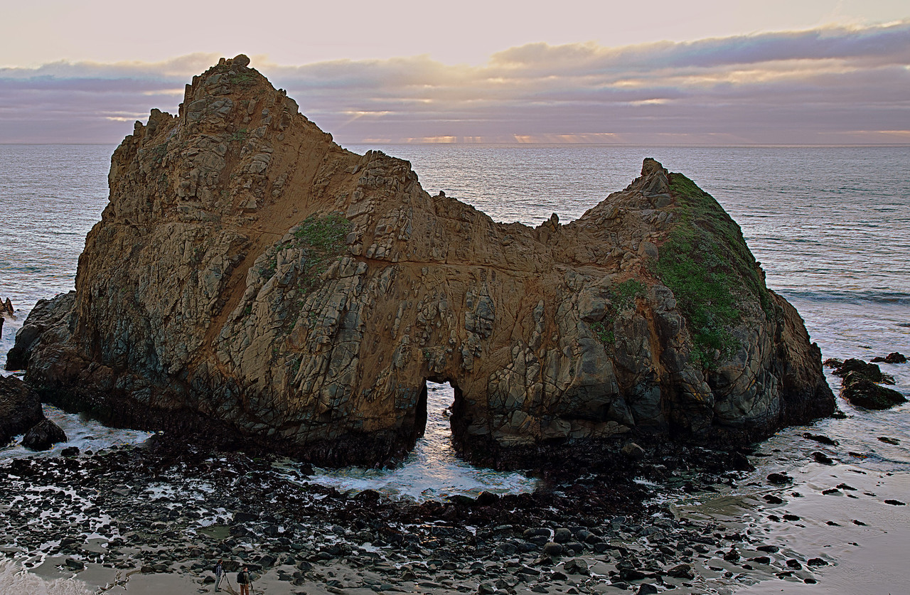 Rock, portal and sunset... a photographer's dreamscape